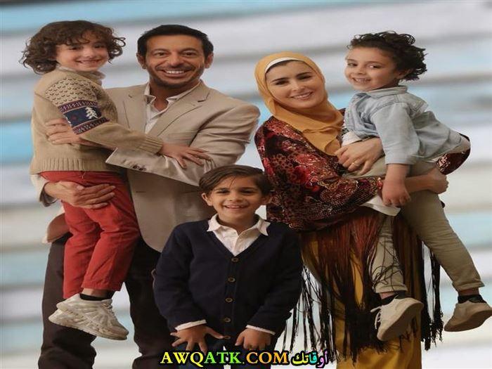 مصطفى شعبان وزوجته وأولاده