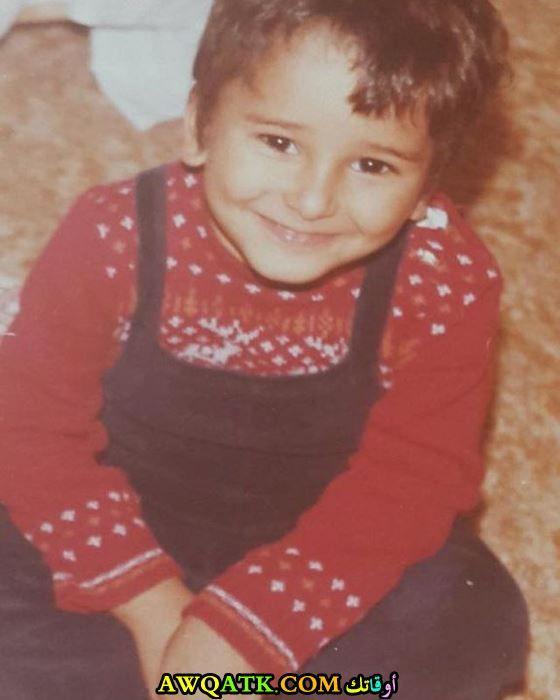 خالد منصور وهو صغير